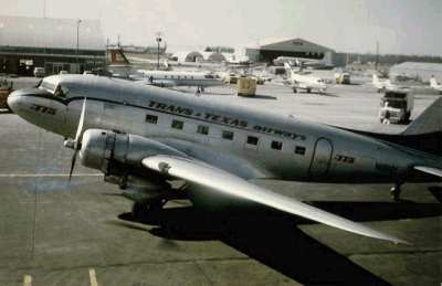 A DC3 airliner at the airport.